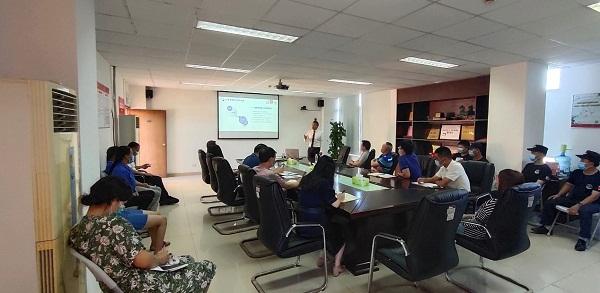 1-深圳市居民家庭经济状况核对中心开展消防安全培训演练.jpg